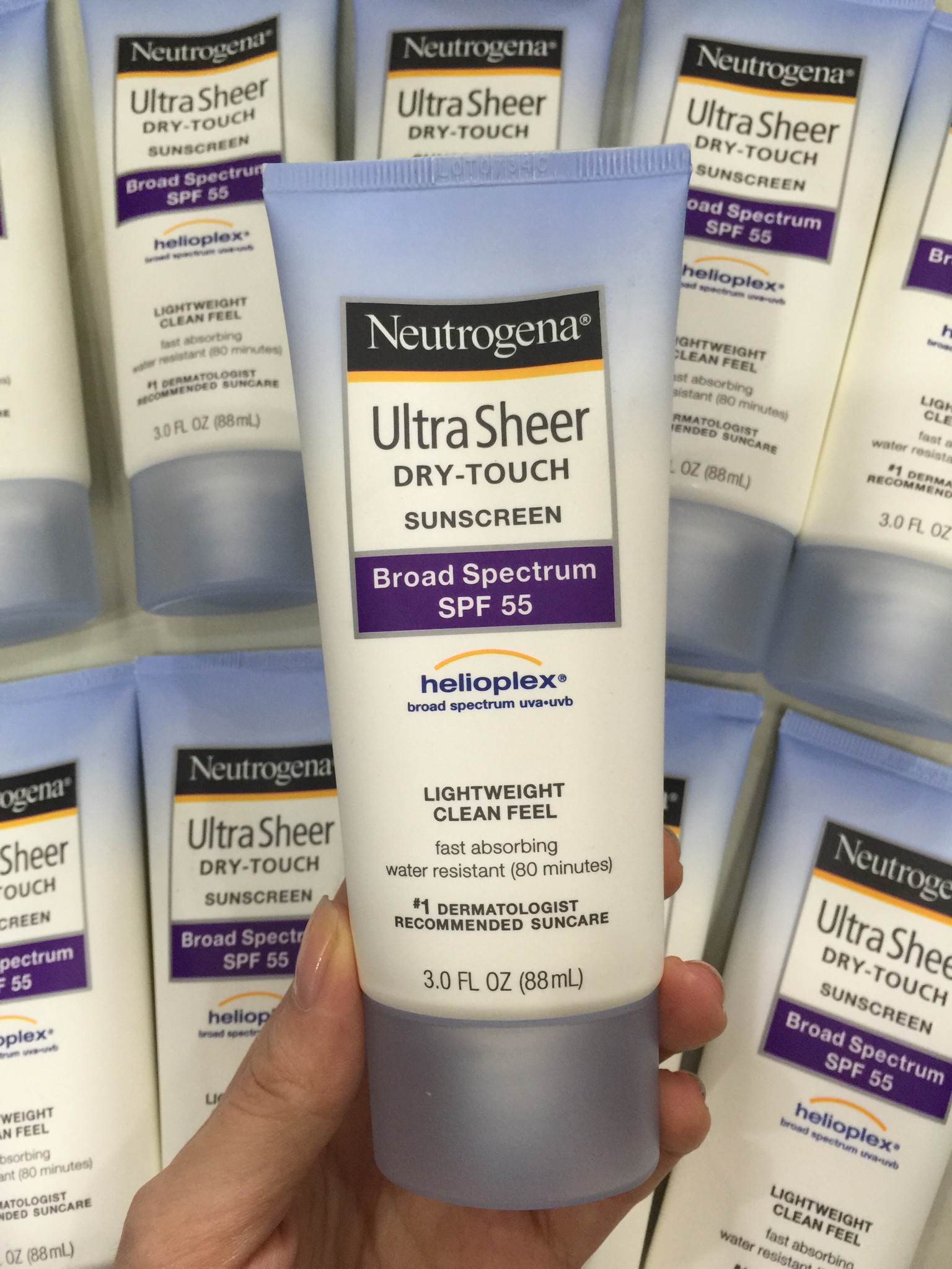 [Neutrogena] Kem chống nắng Ultra sheer dry touch suncreen SPF 55  88ml